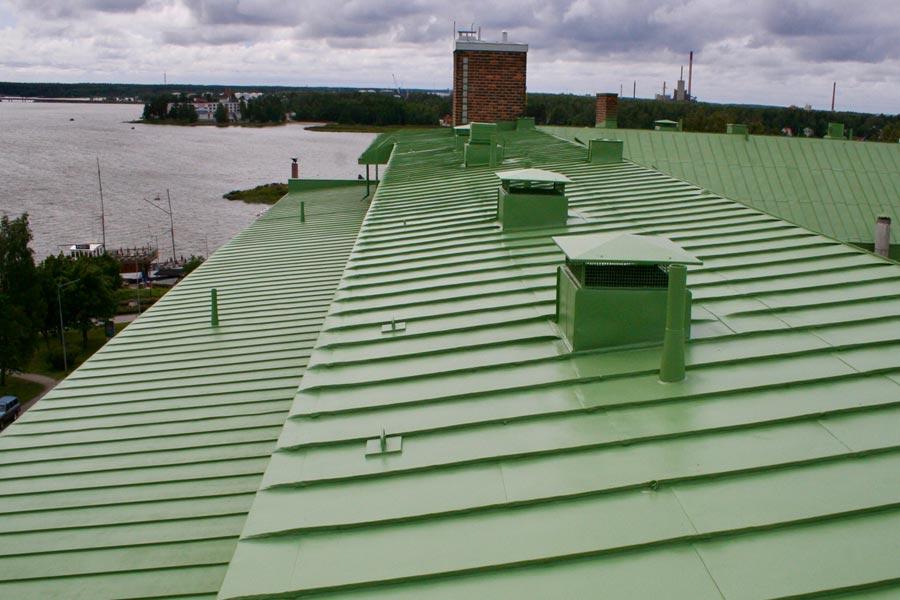 Kerrostalon katto